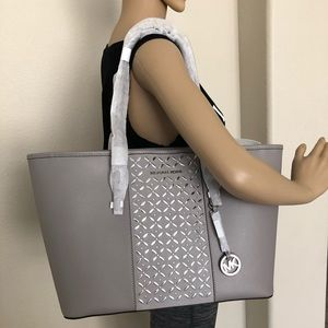 NWT Michael Kors Pearl Grey Multi Function MD Tote